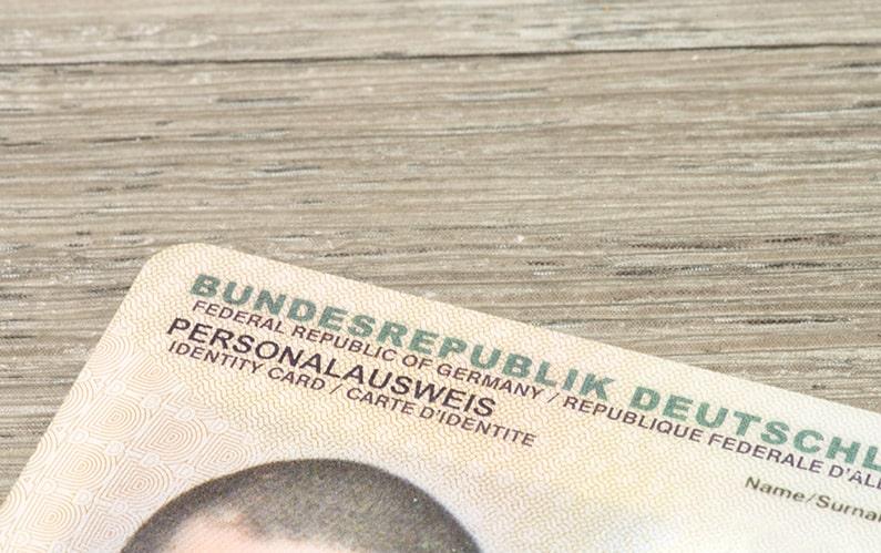 Forscher knacken den Online-Ausweis – Alles andere als sicher