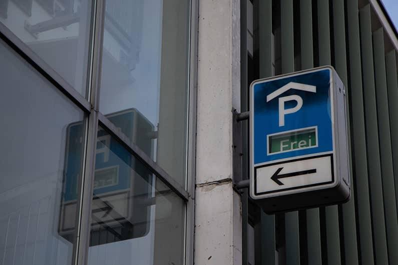 So funktioniert das Parken ohne Bargeld